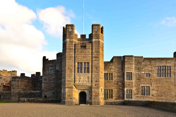Castle Drogo 599x400 - Heritage and Genealogy