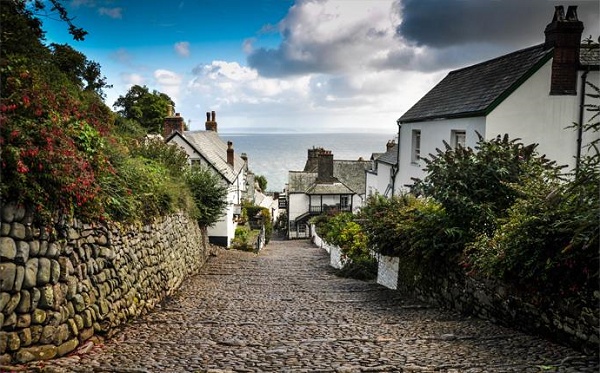Clovelly 600x373 - Active and Outdoors