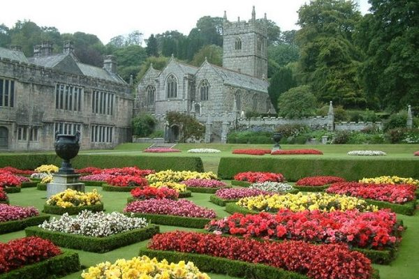 Lanhydrock 600x400 - Heritage and Genealogy
